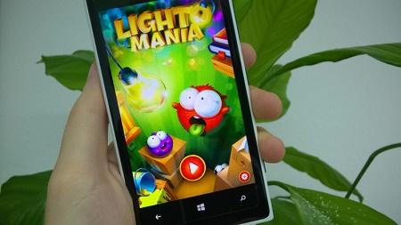 Lightomania ، در ویندوزفون لامپ شکار کنید !