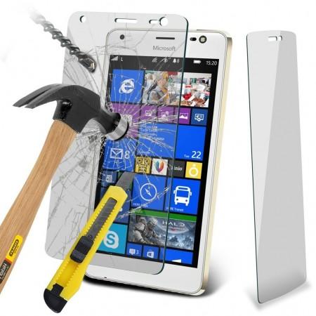محافظ صفحه نمایش و تصویر جدیدی از Lumia 850 در سایت آمازون ایتالیا مشاهده شد!